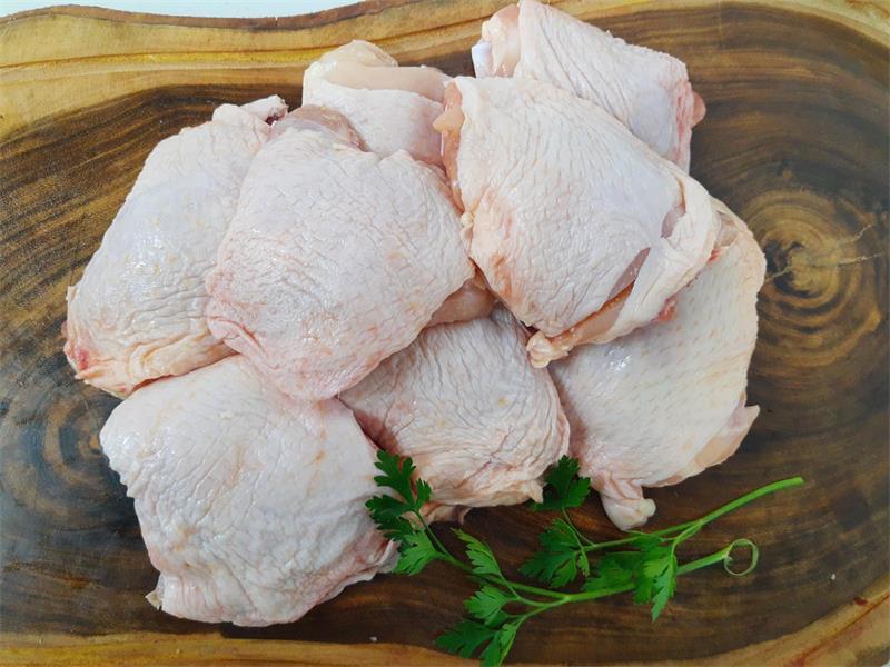 Sobrecoxa de frango 1 kg-471502540